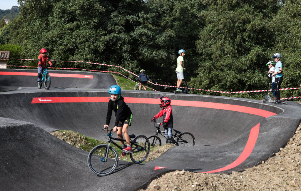 02.10.2021 - Inauguration du pump Track et skate park